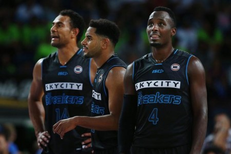 Can the NZ Breakers make the NBL playoffs?