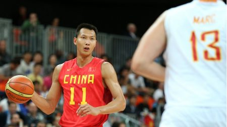 The Los Angeles Lakers' newest power forward is Chinese Olympian Yi Jianlian